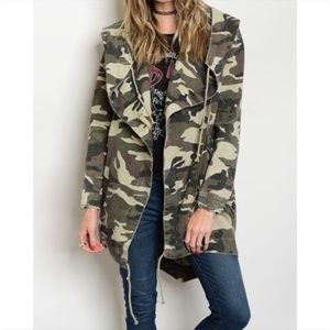 Army Camo Hoodie Jacket with Drawstring Detail